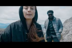 Frank T ft. Lucia Leona: «Dame un micro y verás»